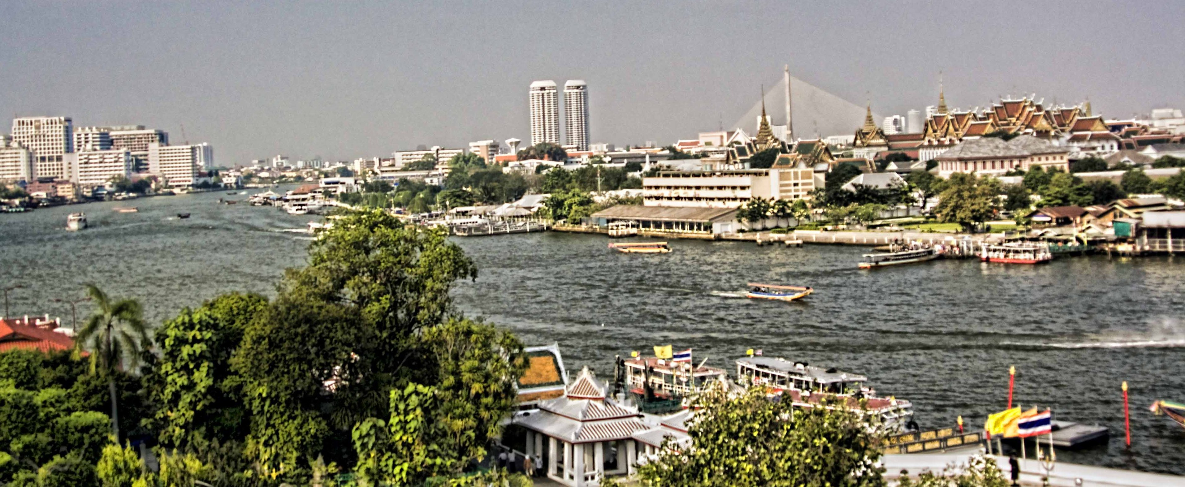 View of Chao Praya River and Royal Palace from the top terrace