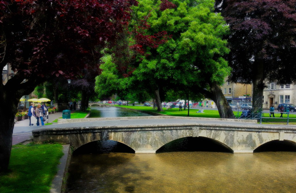 Bourton On The Water Venice Of The Cotswolds My